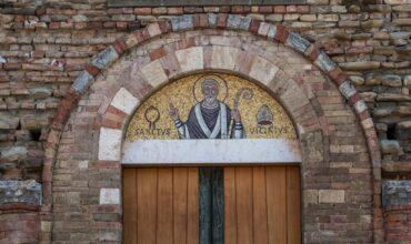 Benedizione con la catena del del Santo taumaturgo